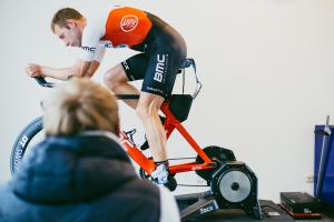 Bart Aernouts zum BikeFitting bei HYCYS