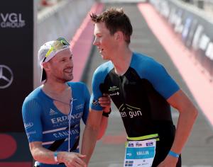 Patrick Lange im Ziel beim Ironman 70.3 Gdynia